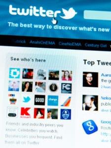 Twitter: messages taken down