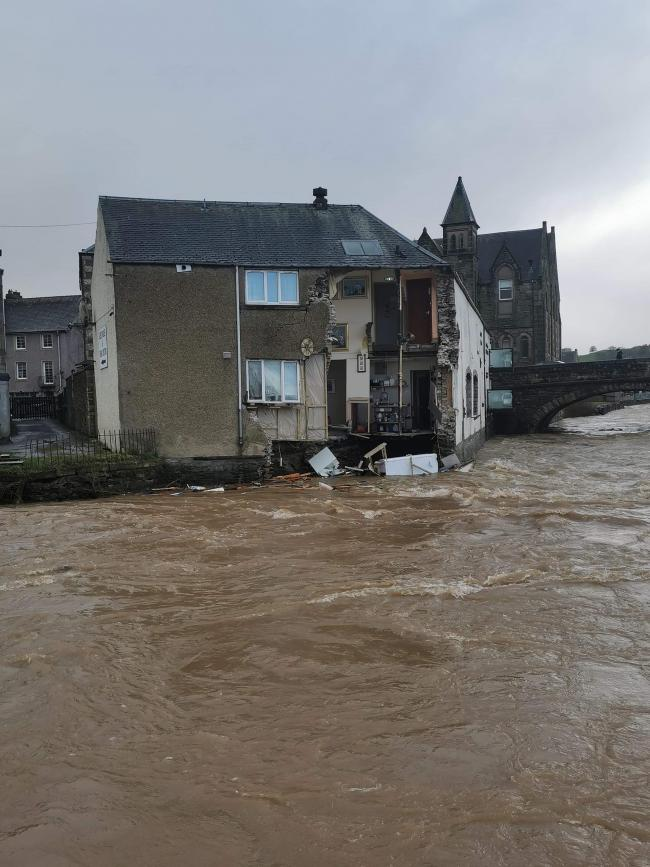 hotel collapse teviot